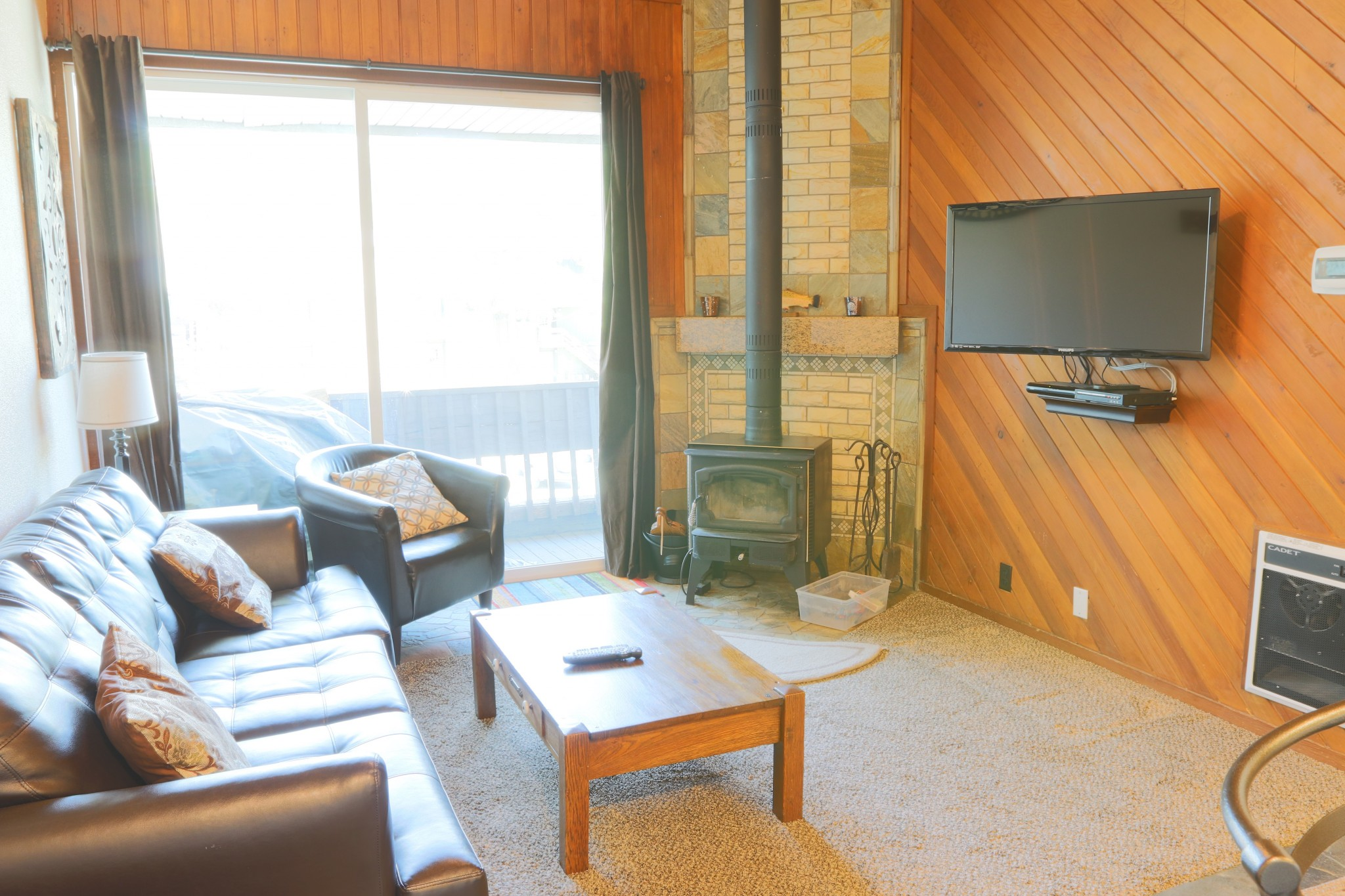 Krystal Villa East #220.living room